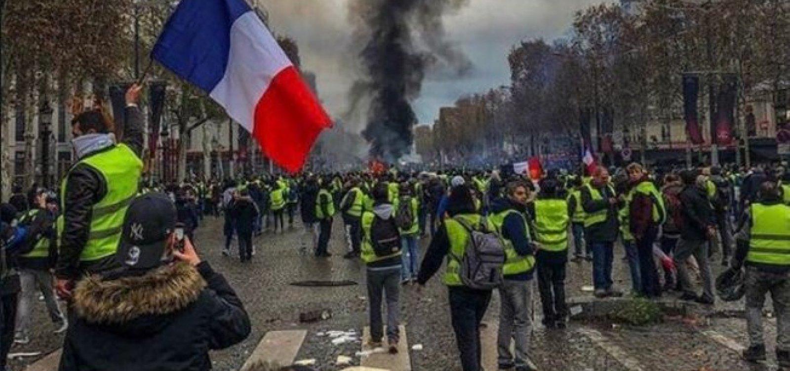 [Coletes amarelos fazem 28º sábado de protestos na França]