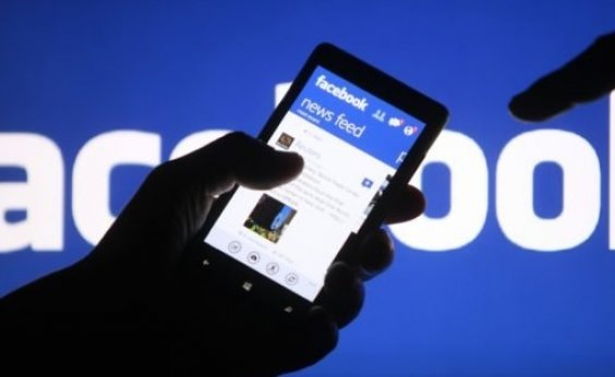 ['Fake news' provocam mais engajamento do que mídia tradicional no Facebook]