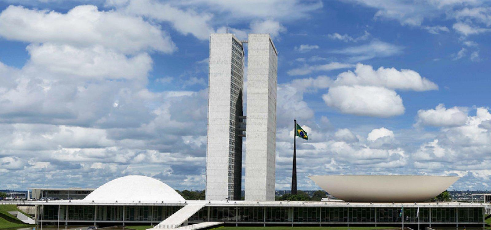 [Ministros do STF e políticos minimizam atos pró-Bolsonaro]