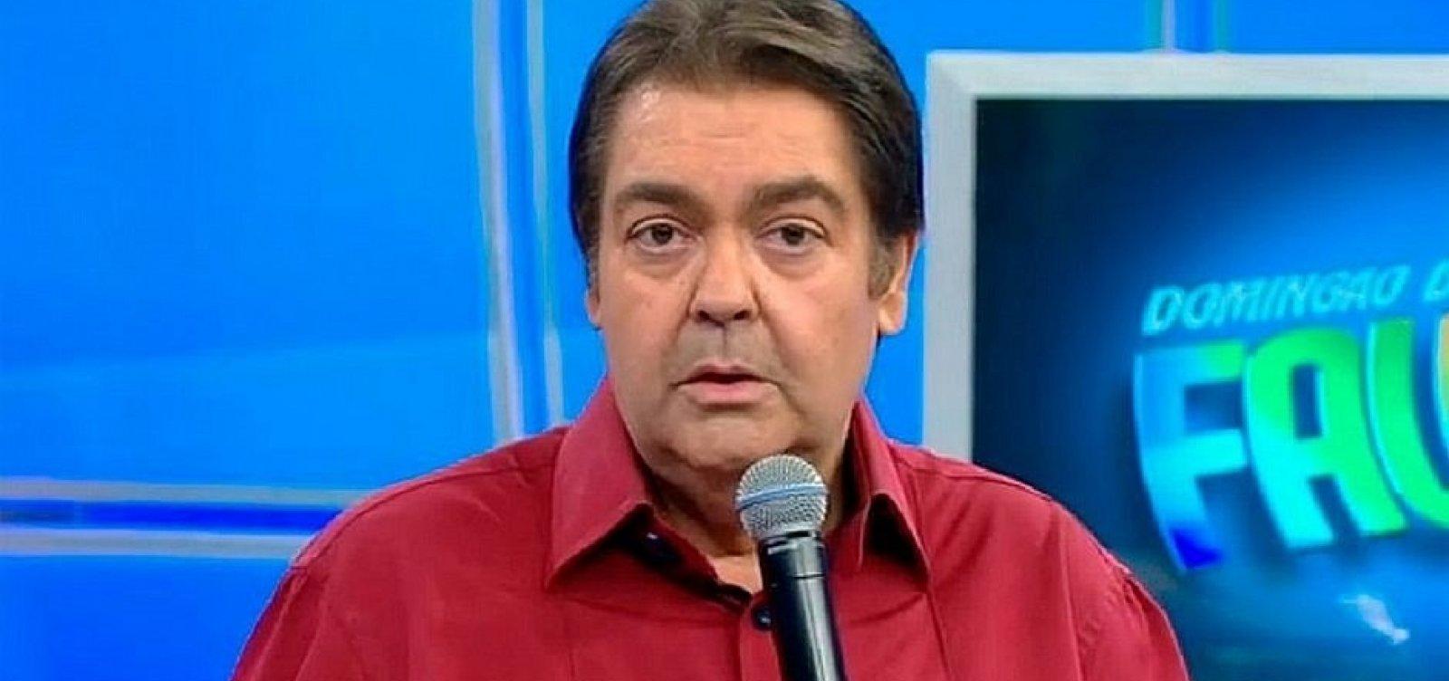 [Faustão detona Bolsonaro durante participação de Lulu Santos no 'Domingão']