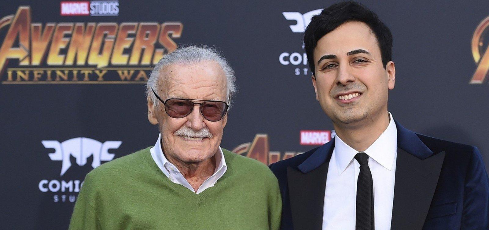 [Ex-empresário de Stan Lee é preso por abuso de idoso]