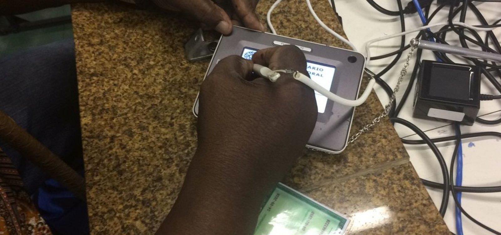 [Agendamento de recadastramento biométrico pode ser feito por telefone]