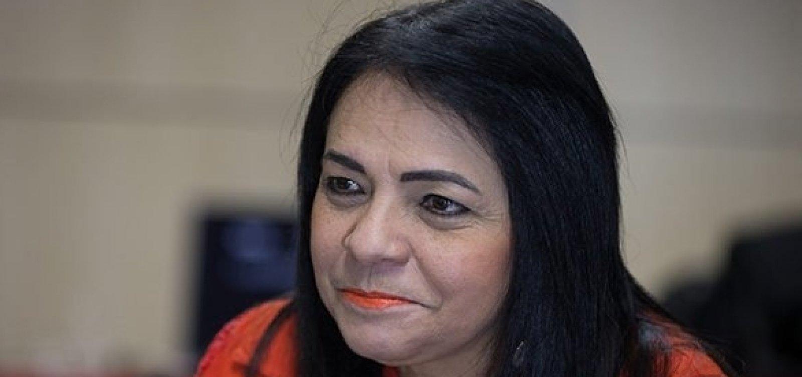 [Lauro de Freitas: Moema é punida pelo TCM por licitação irregular]