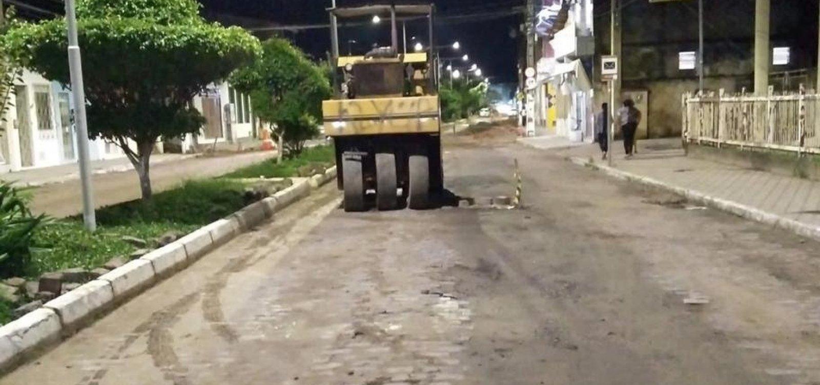 [Veja: Jorge Portugal convoca 'picaretaço' para retirar asfalto em Santo Amaro]