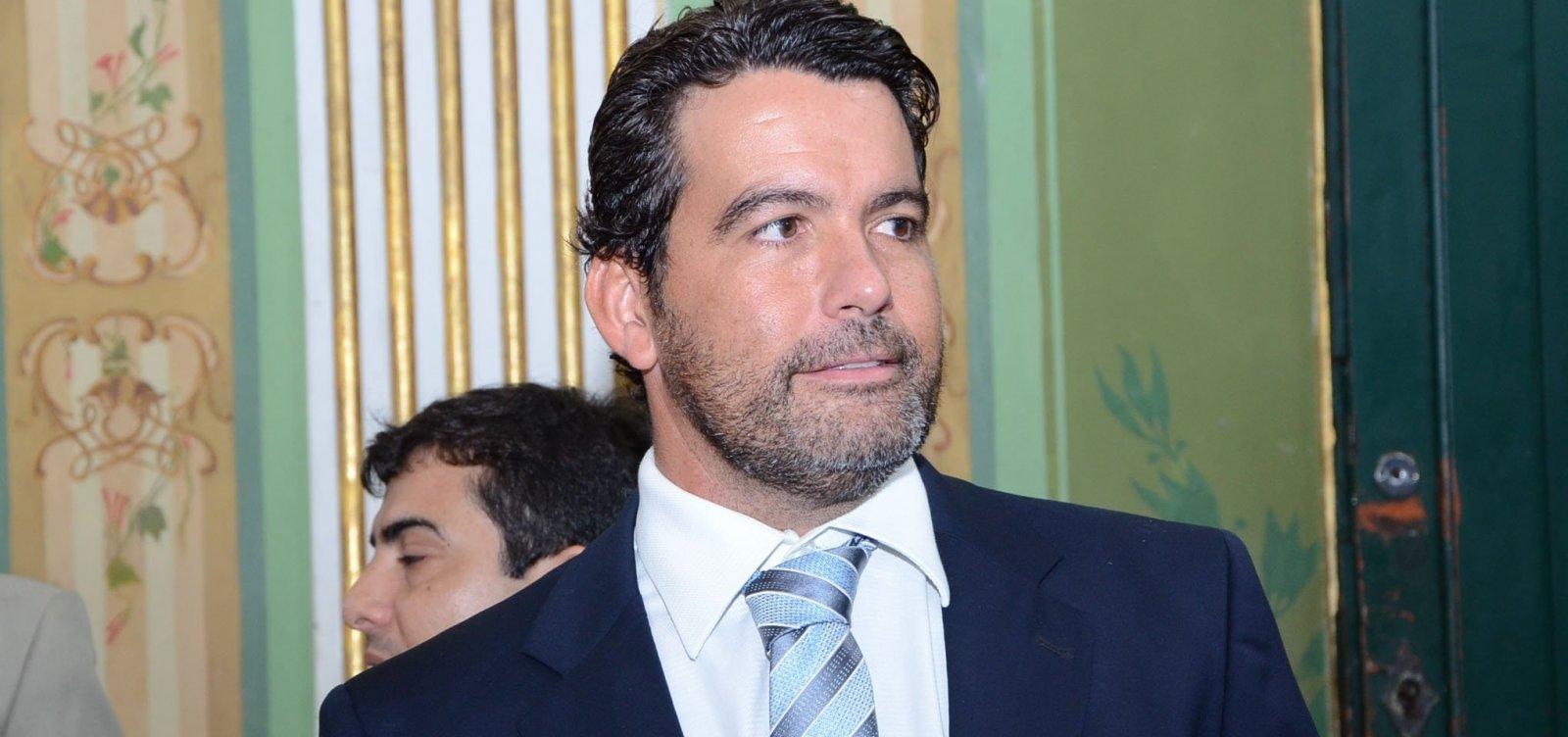 [ Paulo Magalhães Junior pede desculpas a Muniz após discussão na CMS]