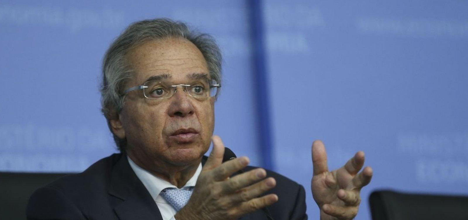 ['Vamos atingir um meio termo', diz Guedes sobre reforma da Previdência]