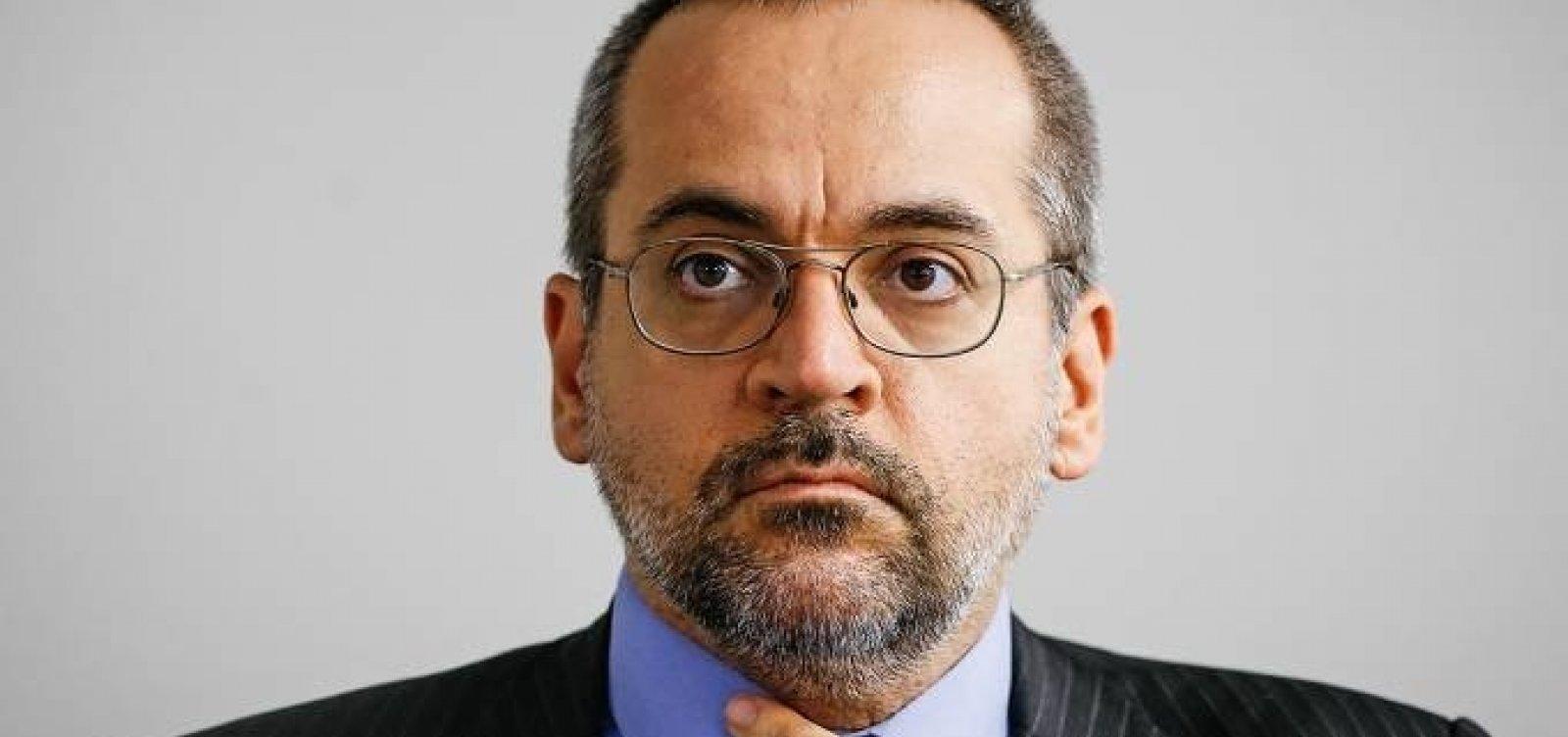 [MPF processa ministro por sugerir substituição de terceirizados por alunos]