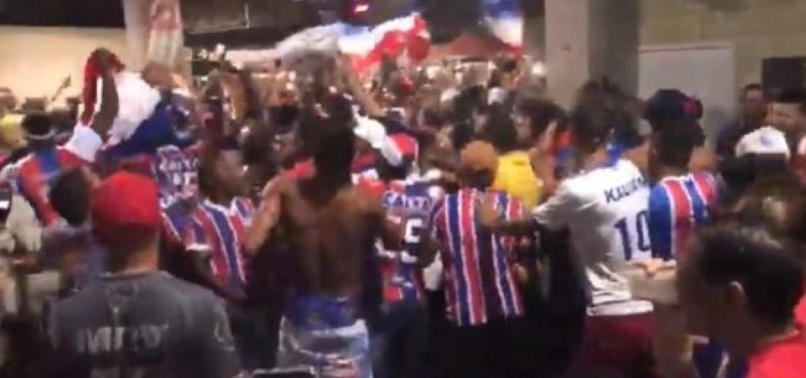 [ PM vai apurar agressão a torcedor do Bahia na Fonte Nova; veja vídeo]