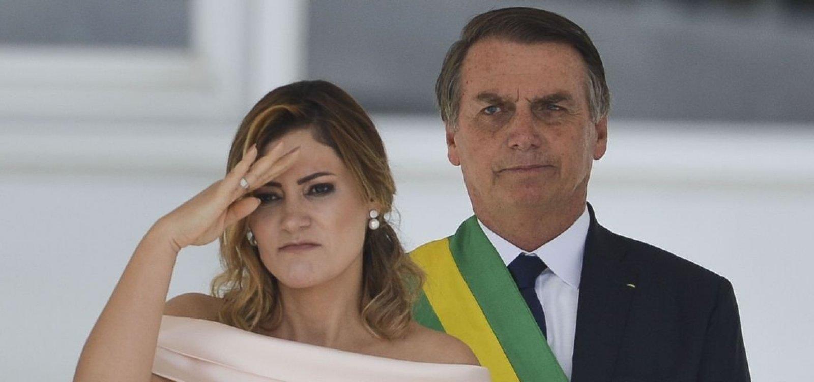 [A pedido de Michelle, Bolsonaro quer mudar trecho da Nova Previdência]
