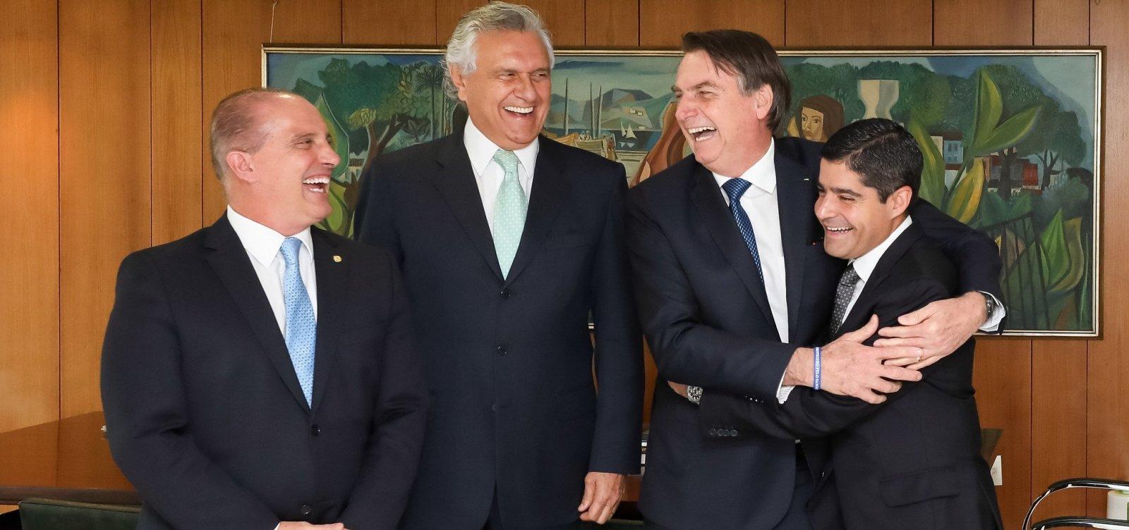 [ACM Neto diz que Bolsonaro pode sofrer impeachment caso não mude postura]