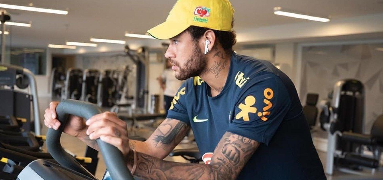 [Polícia volta à Granja Comary atrás de informações sobre Neymar]