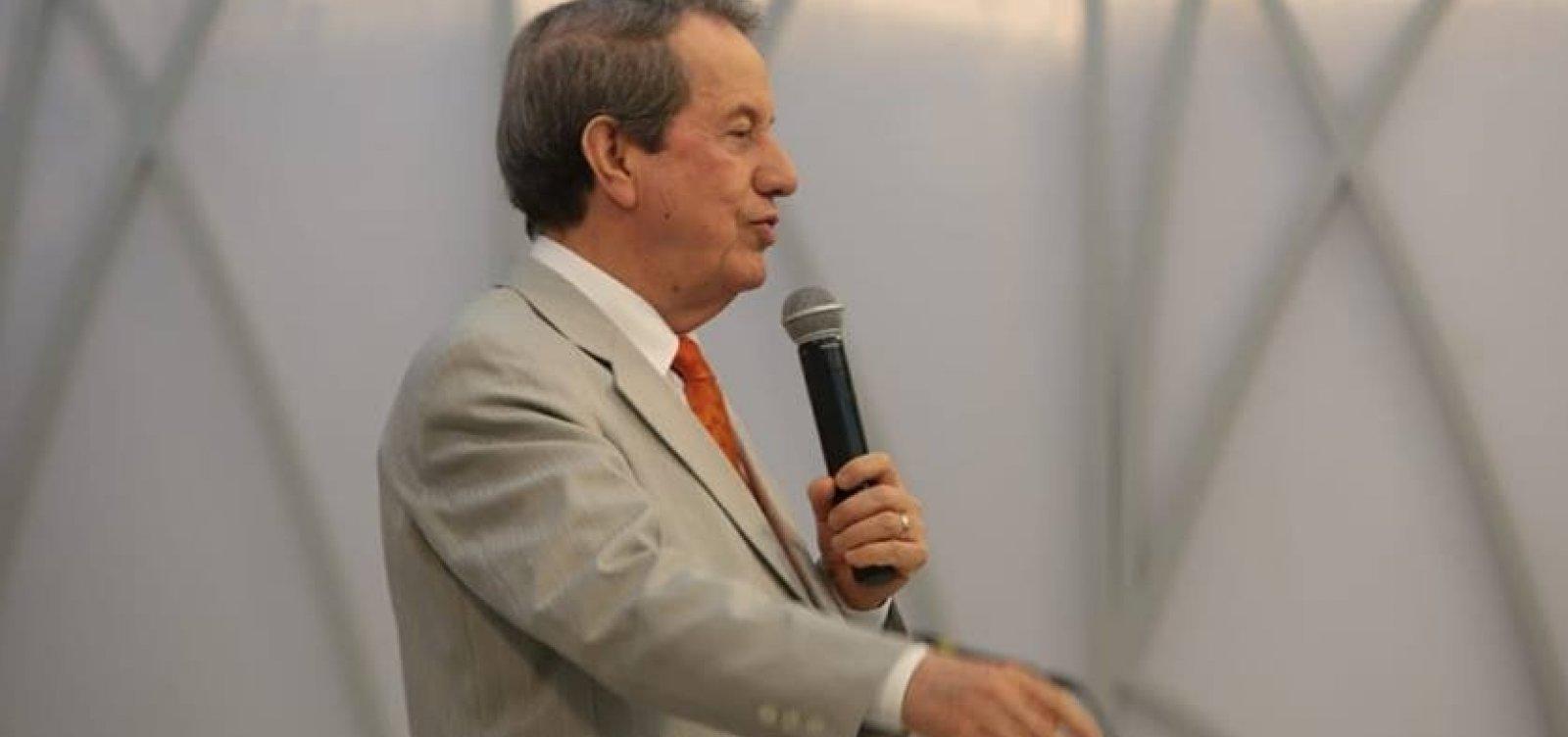[Governo Bolsonaro concede passaporte diplomático ao pastor R. R. Soares]