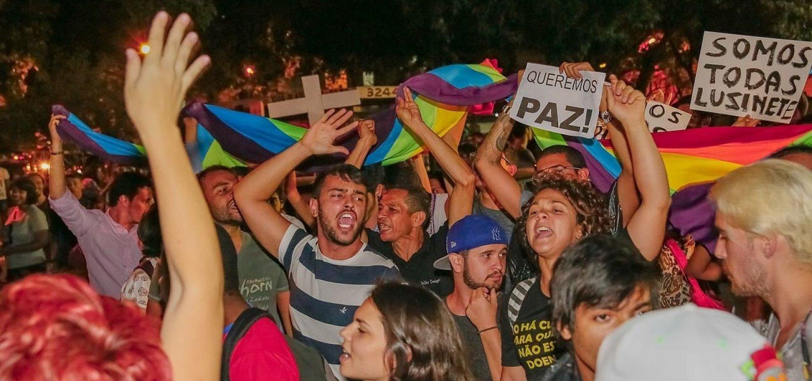 [Número de homicídios de LGBTs dobra em um ano na Bahia]