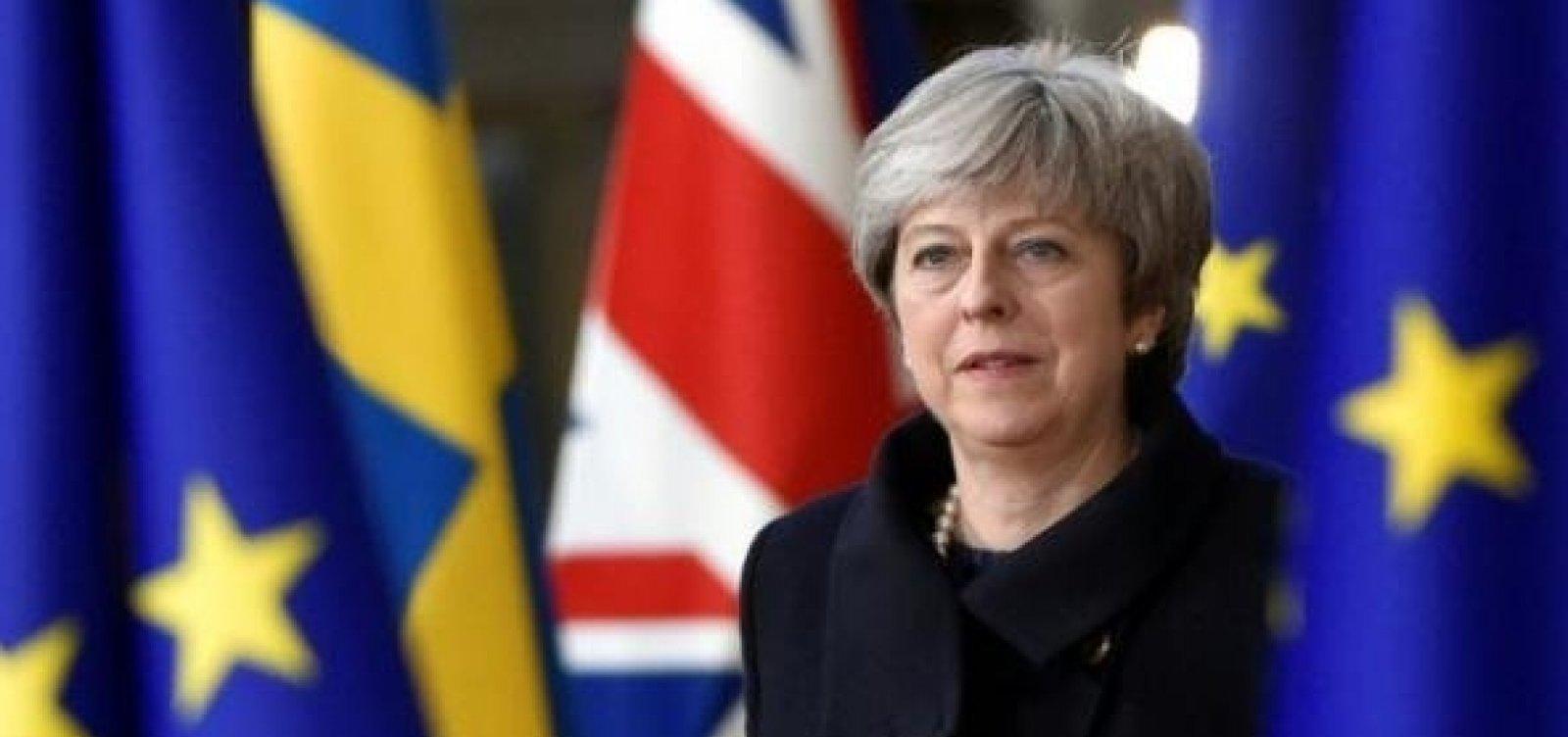 [Theresa May deixa a liderança do Partido Conservador]