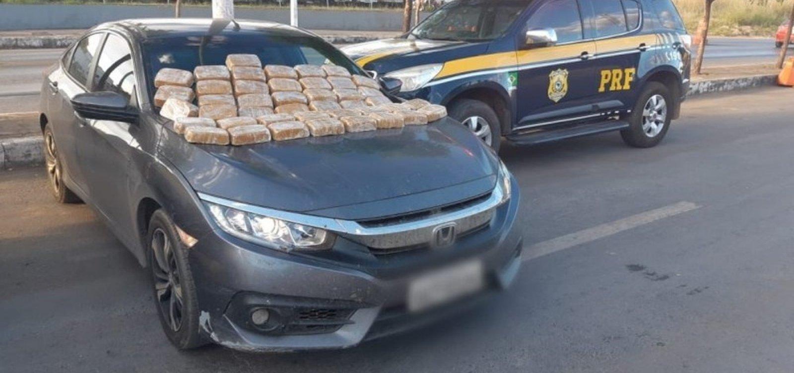 [Jovem é preso com 42 kg de crack em porta-malas do carro em Barreiras]