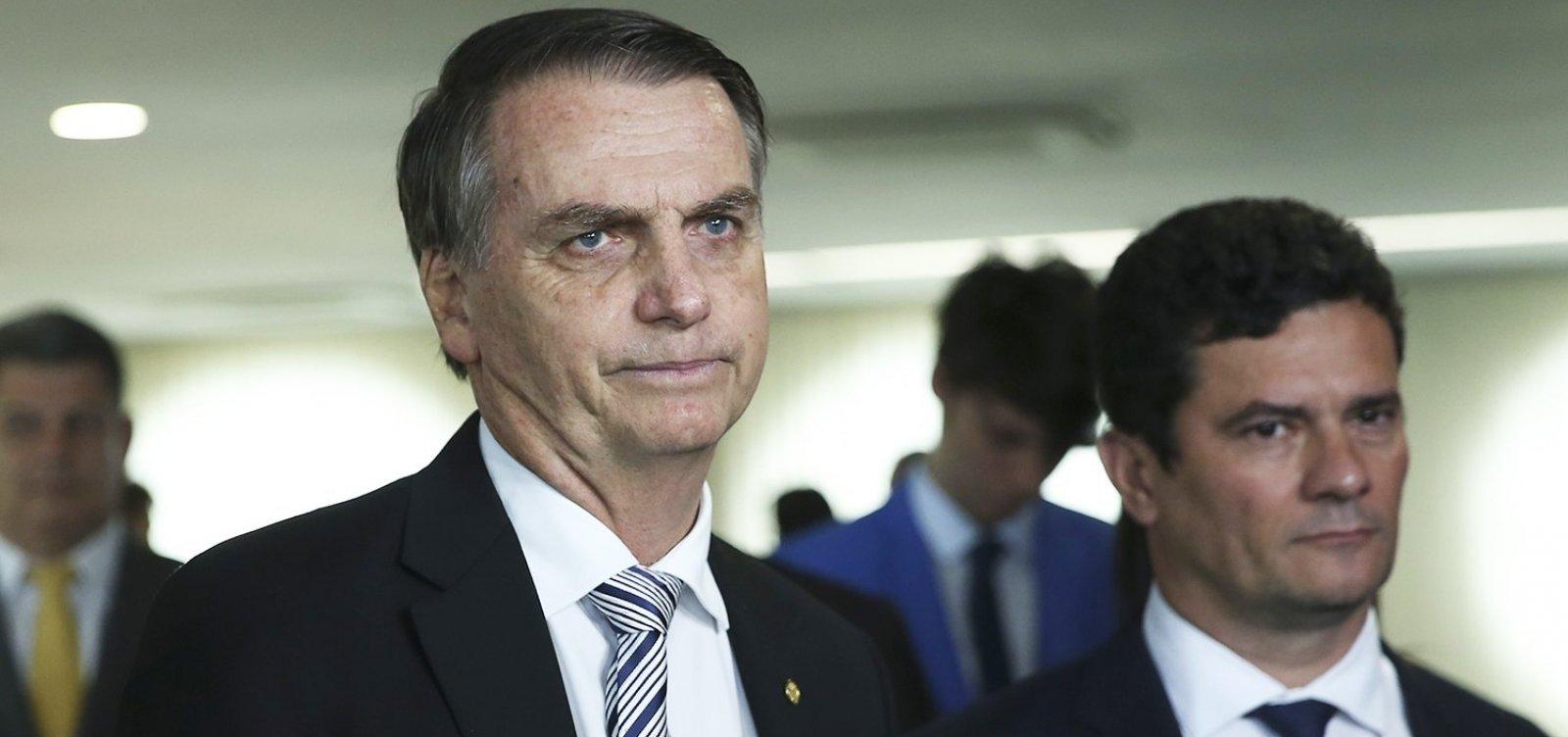 [Bolsonaro: 'Confiamos irrestritamente no ministro Moro']