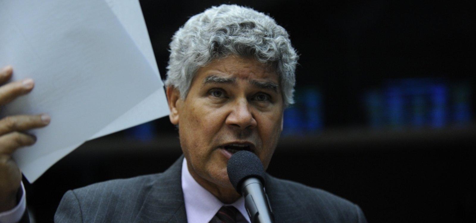 [Chico Alencar compara vazamento de Moro com de Dilma: 'Quem com ferro fere, com ferro será ferido']