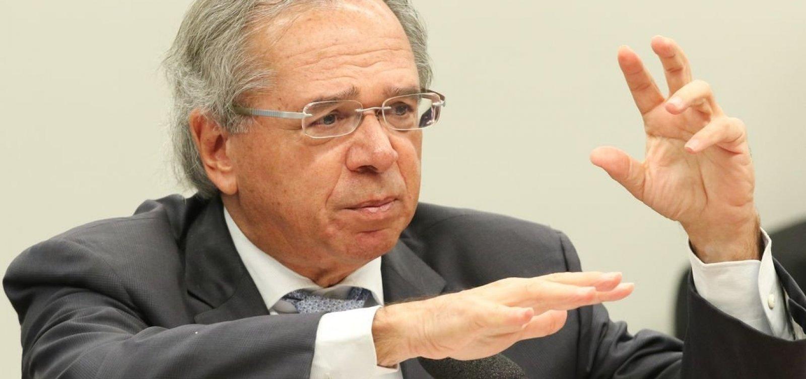 [Vazamento de mensagens pretende paralisar reformas, diz Guedes]