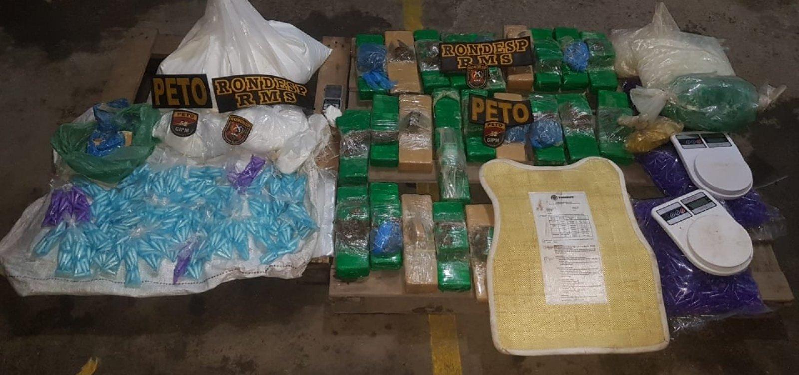 [Polícia apreende mais de 40 kg de drogas em Lauro de Freitas]