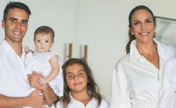 [Uma das filhas de Ivete Sangalo é internada no Hospital Aliança]
