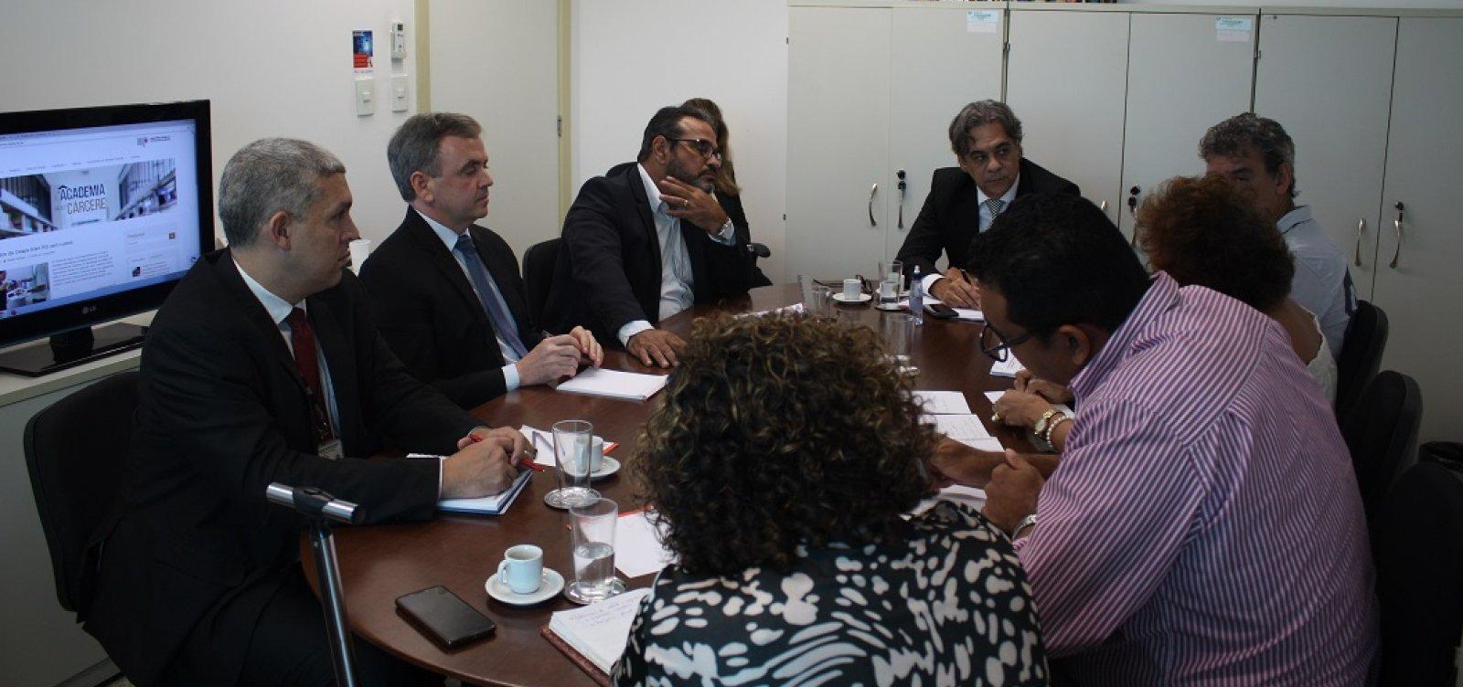 [MP e UFBA discutem parcerias na área de Segurança Pública]