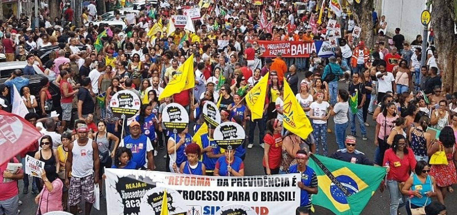 [Veja as categorias que aderem à greve geral na Bahia]