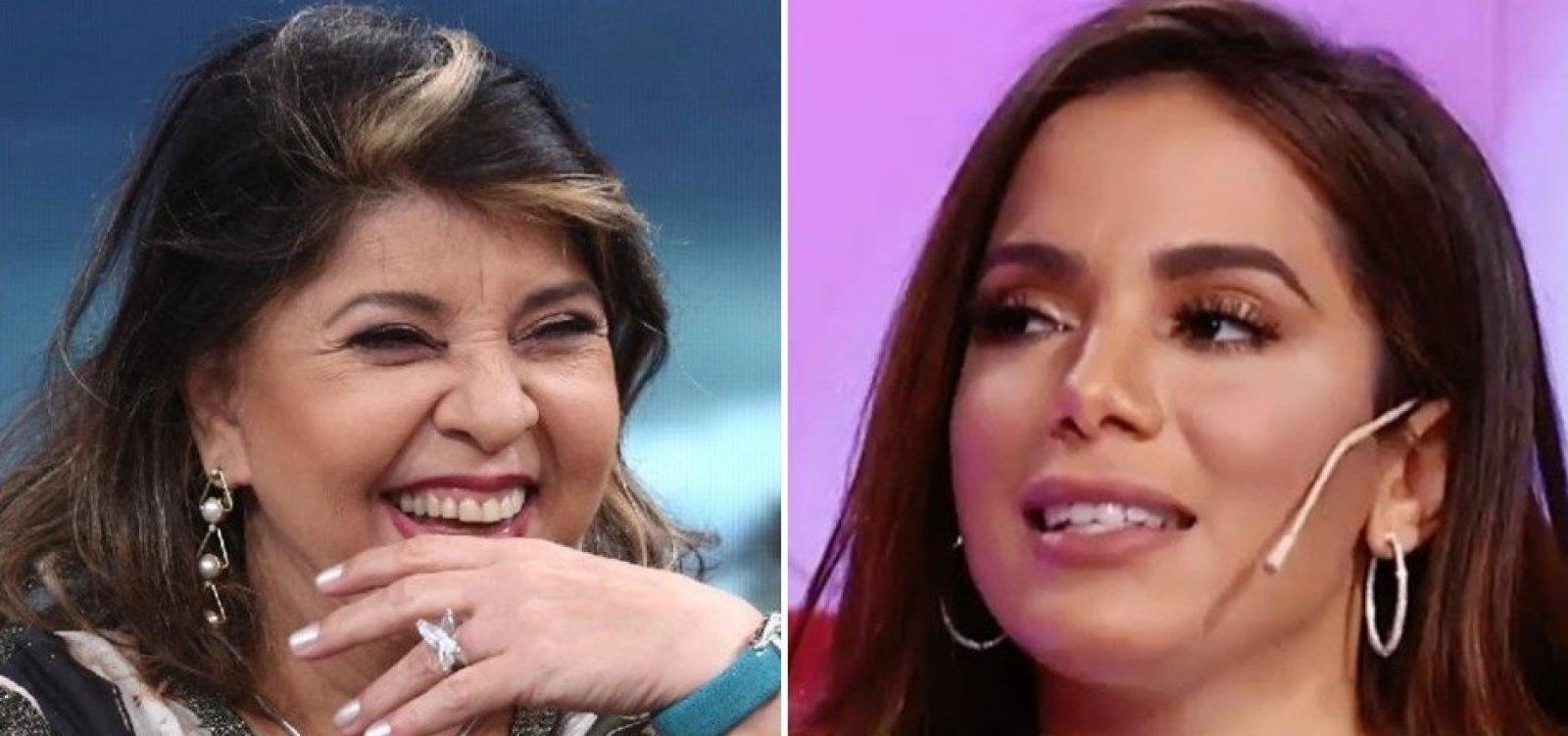 [Roberta Miranda parabeniza Anitta por gravidez e funkeira rebate: 'Me erra']