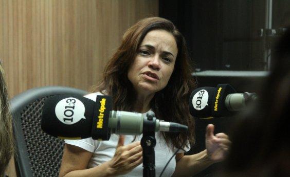 [Vânia Abreu critica novas músicas de amor:'Ninguém tem dor mais']