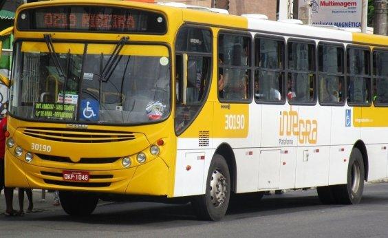 [Após greve geral, ônibus circulam normalmente neste sábado em Salvador]
