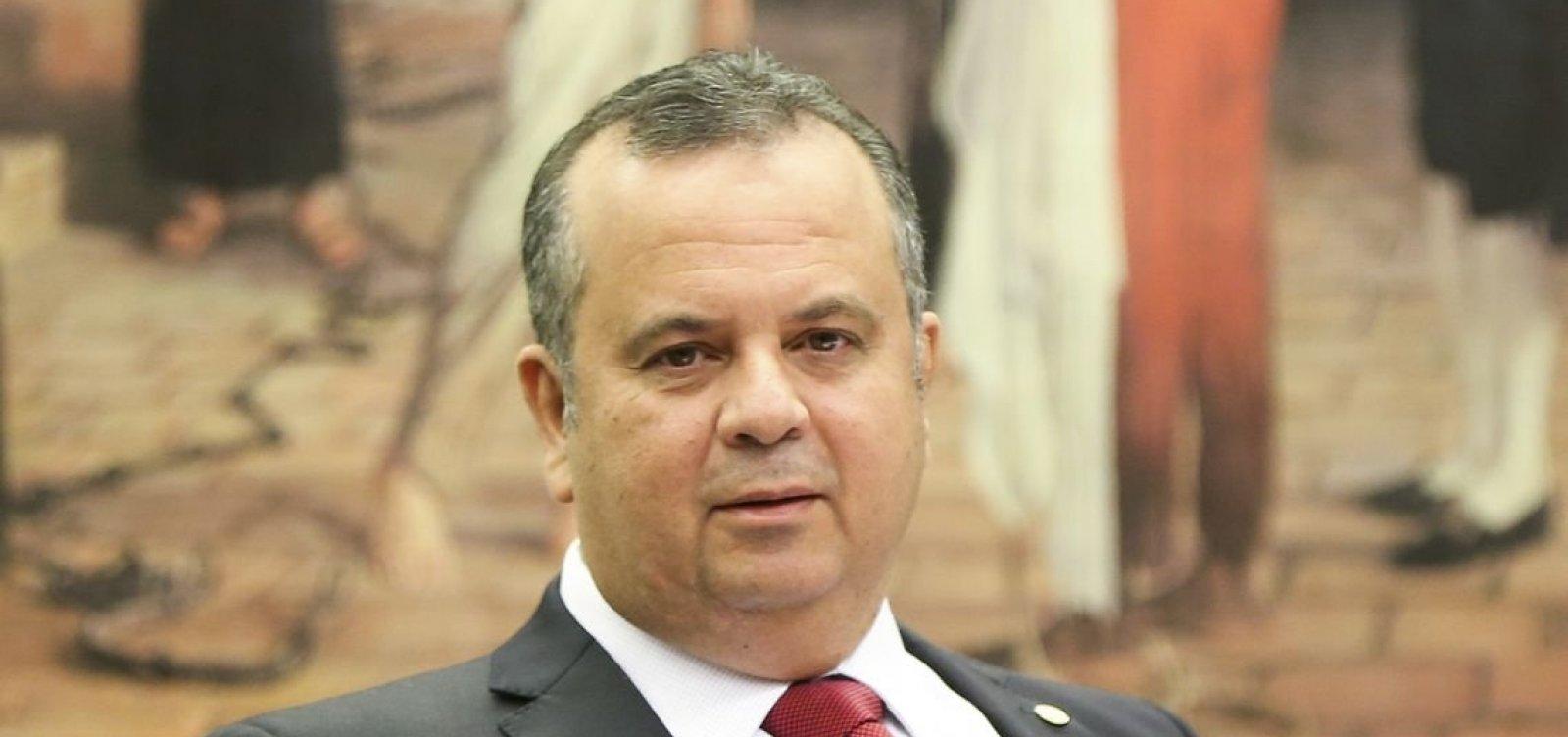 [Após demissão de Santos Cruz, Rogério Marinho deve ganhar ministério]