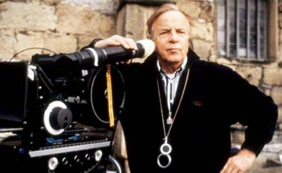 [Morre cineasta italiano Franco Zeffirelli, aos 96 anos]