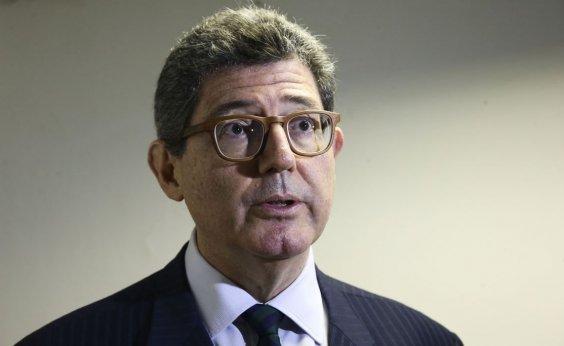 [Joaquim Levy está com a 'cabeça a prêmio' no BNDES, diz Bolsonaro]