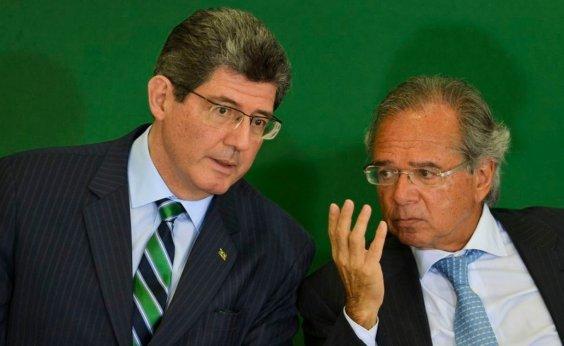 [Joaquim Levy envia carta de demissão após declaração de Bolsonaro, diz blog]