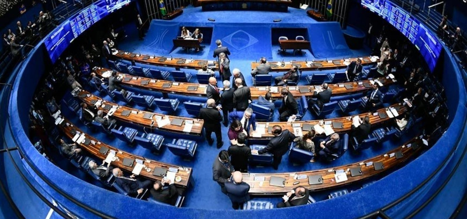 [Senado deve votar hoje projeto que visa suspender decretos das armas]