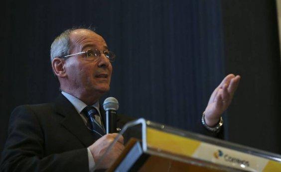 [Após Bolsonaro anunciar demissão, presidente dos Correios vai trabalhar normalmente]