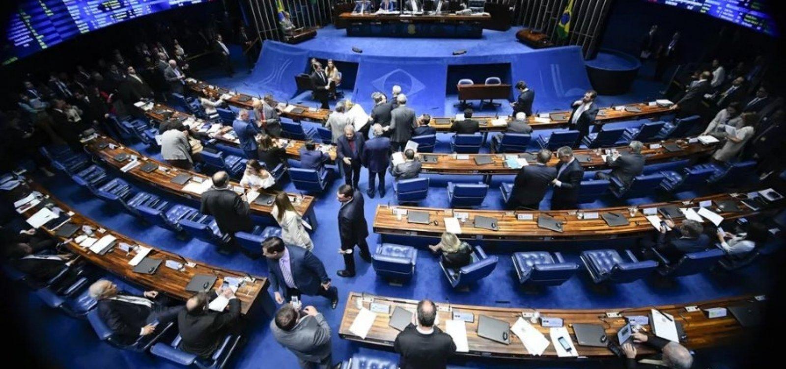 [Por 47 votos a 18, Senado aprova derrubada do decreto das armas de Bolsonaro]