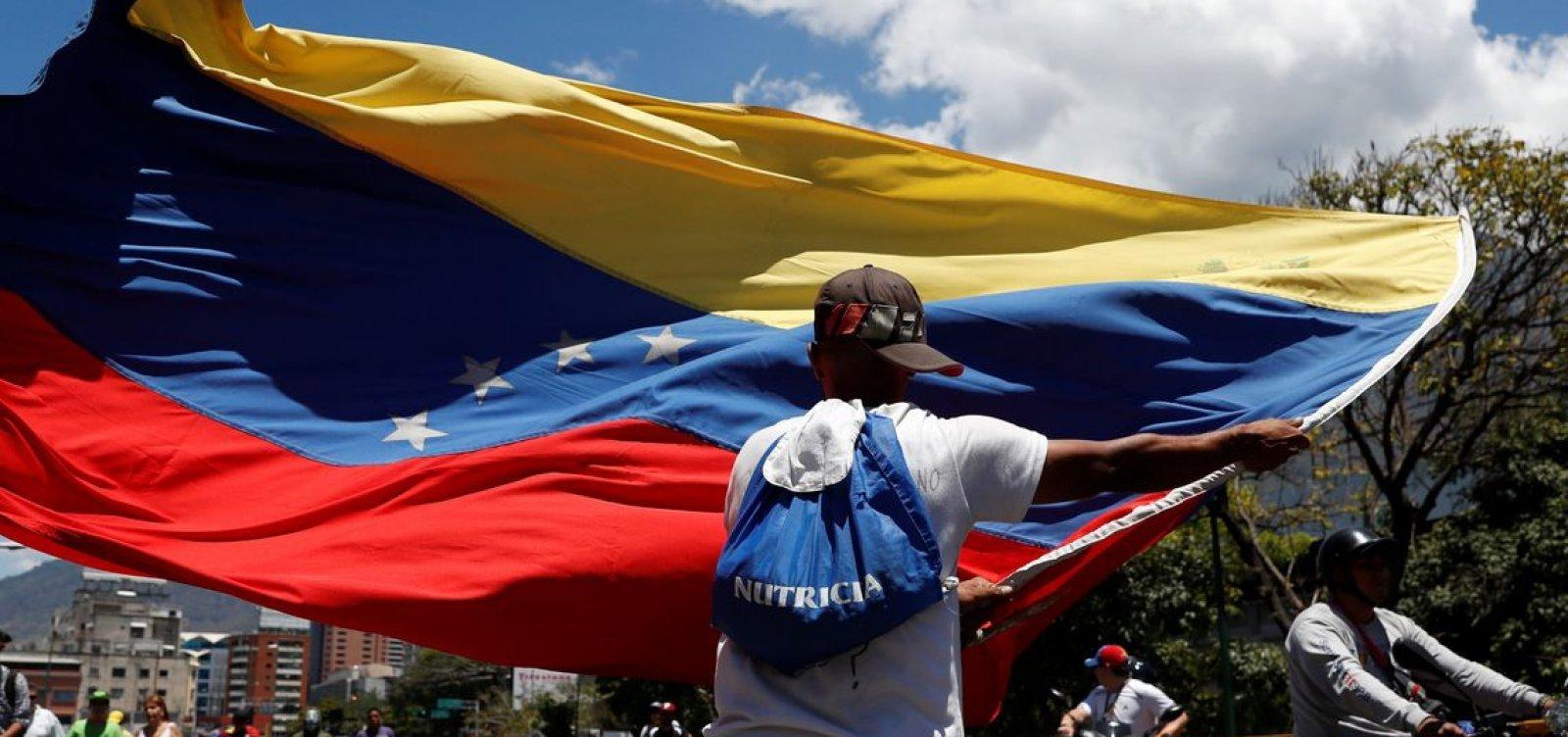 [Venezuelanos são o povo que mais solicita refúgio no mundo]