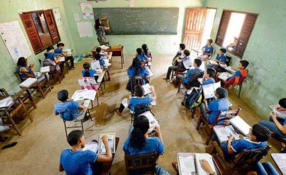 [Pesquisa aponta que professor brasileiro é um dos que mais sofrem intimidação]