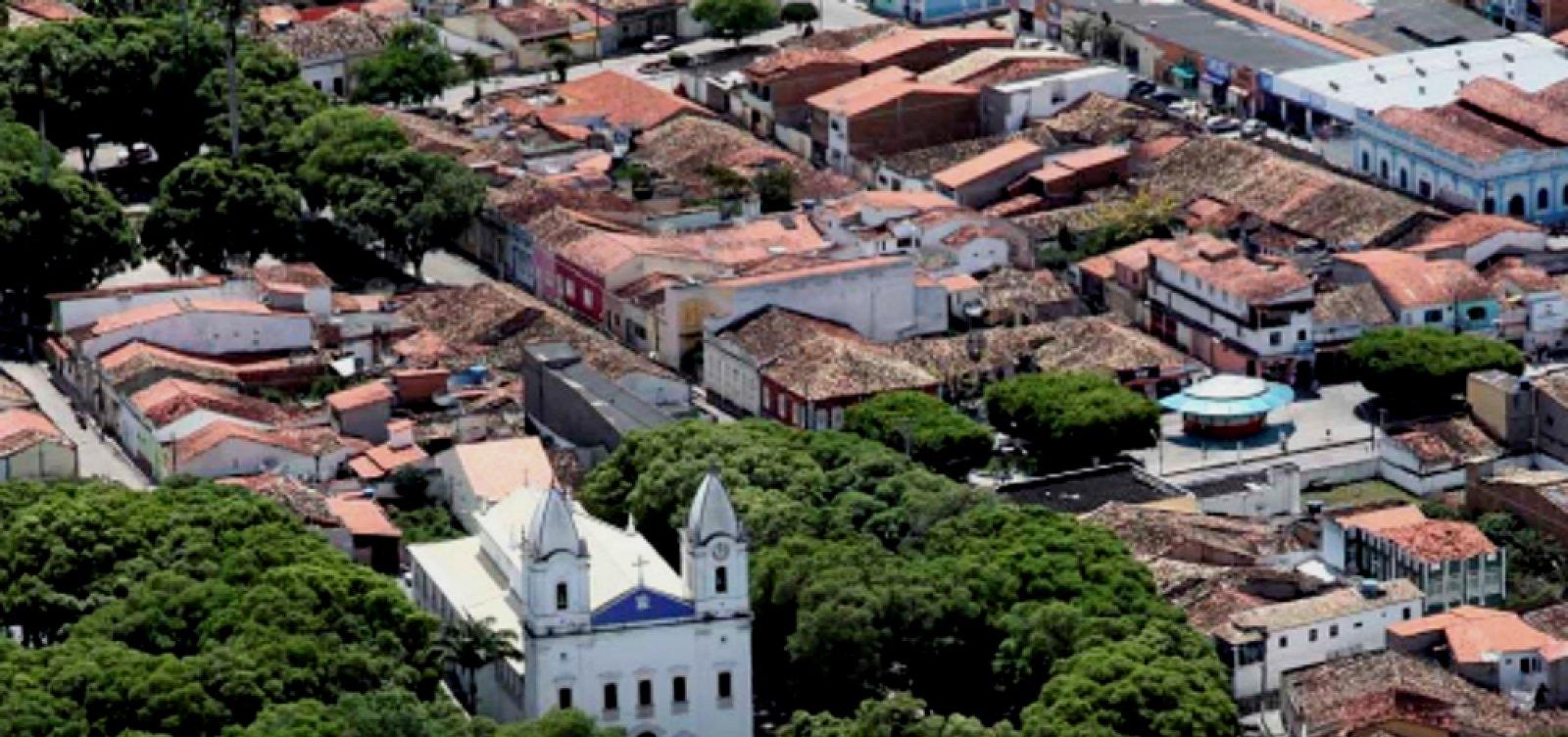 [Após acidente com 8 mortos, prefeitura de São Gonçalo cancela festejos juninos]