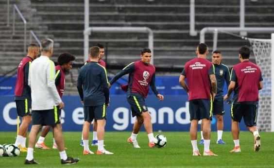 [Brasil disputa com Peru 1º lugar do grupo A pela Copa América]