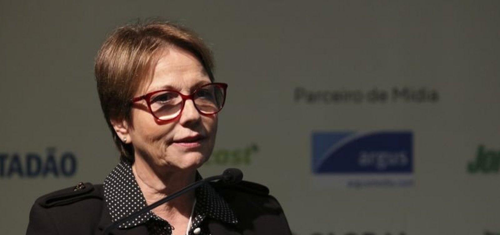 [FAO escolhe diretor sucessor de brasileiro para os próximos 4 anos]