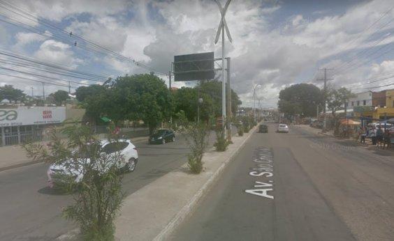 [Transalvador interdita acesso à avenida São Cristóvão]