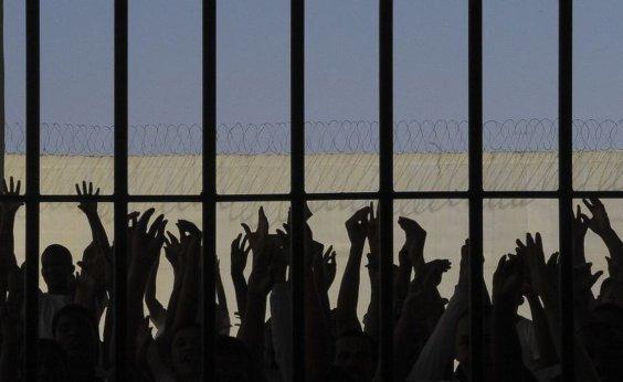 [Mais de 100 chefes de facções criminosas de quatro estados foram transferidos para presídios federais]
