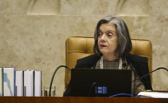 [Cármen Lúcia nega ter tirado habeas corpus de Lula da pauta de hoje]