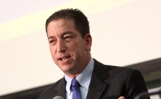['Qualquer juiz do mundo seria punido se fizesse o mesmo que Moro', defende Greenwald]