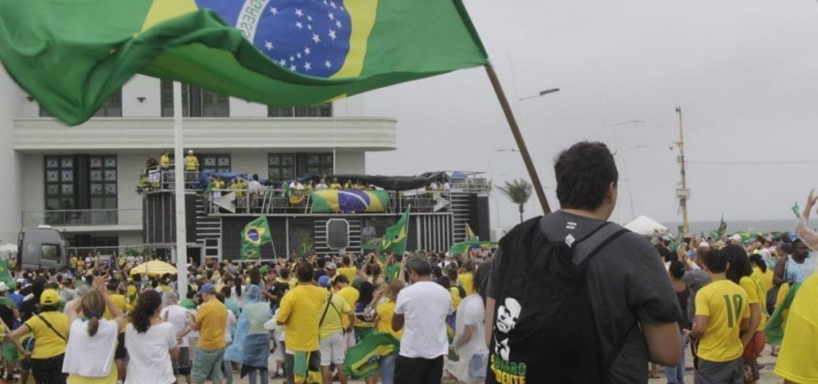 [Líder do MBL na Bahia espera reunir até 2 mil pessoas no Farol da Barra]