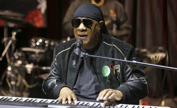 [Stevie Wonder passará por transplante de rim em setembro]