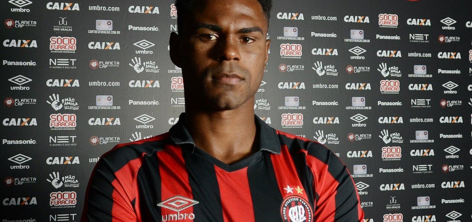 [Zagueiro rescinde com o Athletico e deve vir para o Bahia]