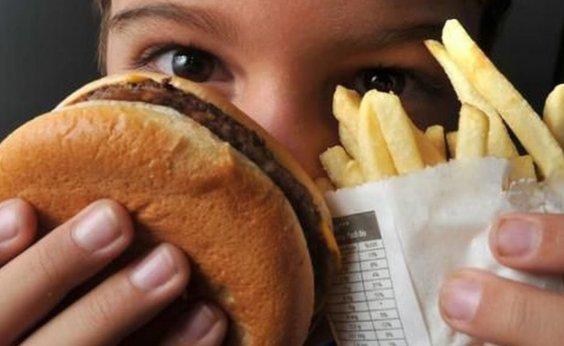 [Estudo mostra que adolescentes de faixas carentes estão mais obesos]