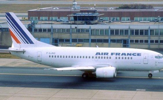 [França vai taxar voos e usar recursos para cuidar do meio ambiente]